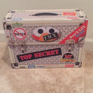New in box 10th Anniversary Tickle Me Elmo